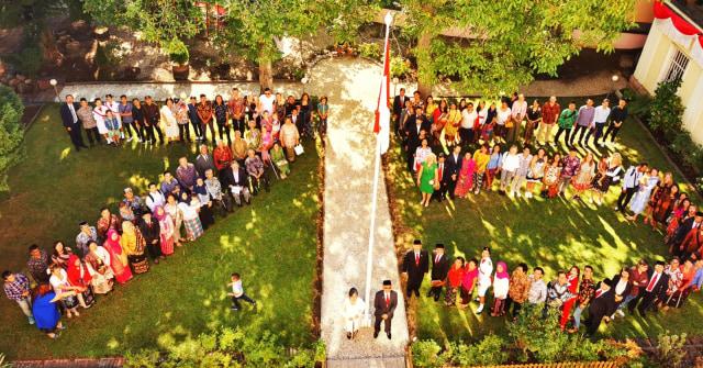Senandung Indonesia Pusaka oleh Friends of Indonesia di Ceko (12635)