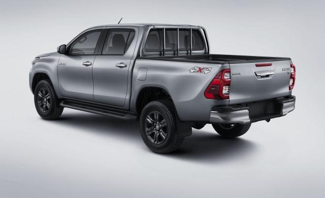 Toyota New Hilux 2020 Meluncur di Indonesia, Harganya Naik Rp 7 Jutaan (7213)