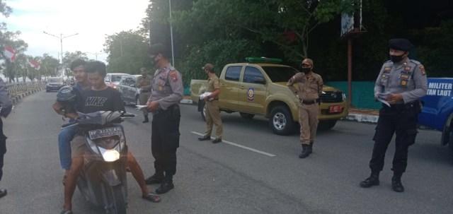 Gerakan Berbagi 10 Ribu Masker Ke Warga di Karimun (369837)