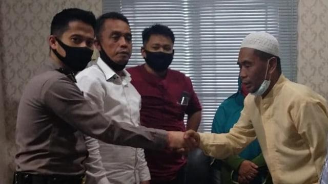 Saksi Pembunuhan yang Dianiaya Polisi di Medan Cabut Laporan, Pilih Damai (10531)