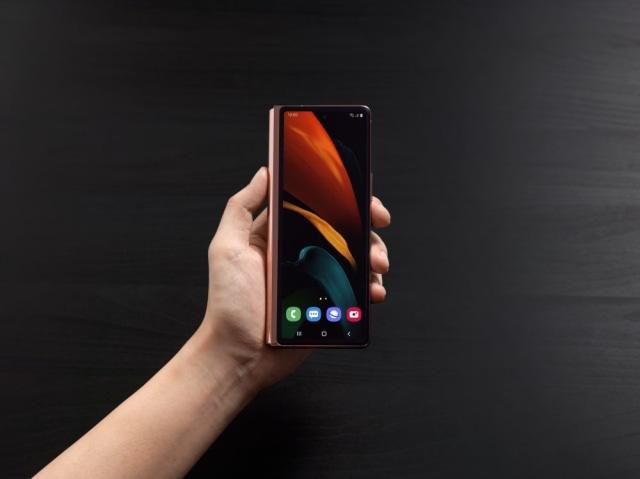 Cerita di Balik Desain Samsung Galaxy Z Fold2: Bisa Jadi Smartphone, Bisa Tablet (72516)