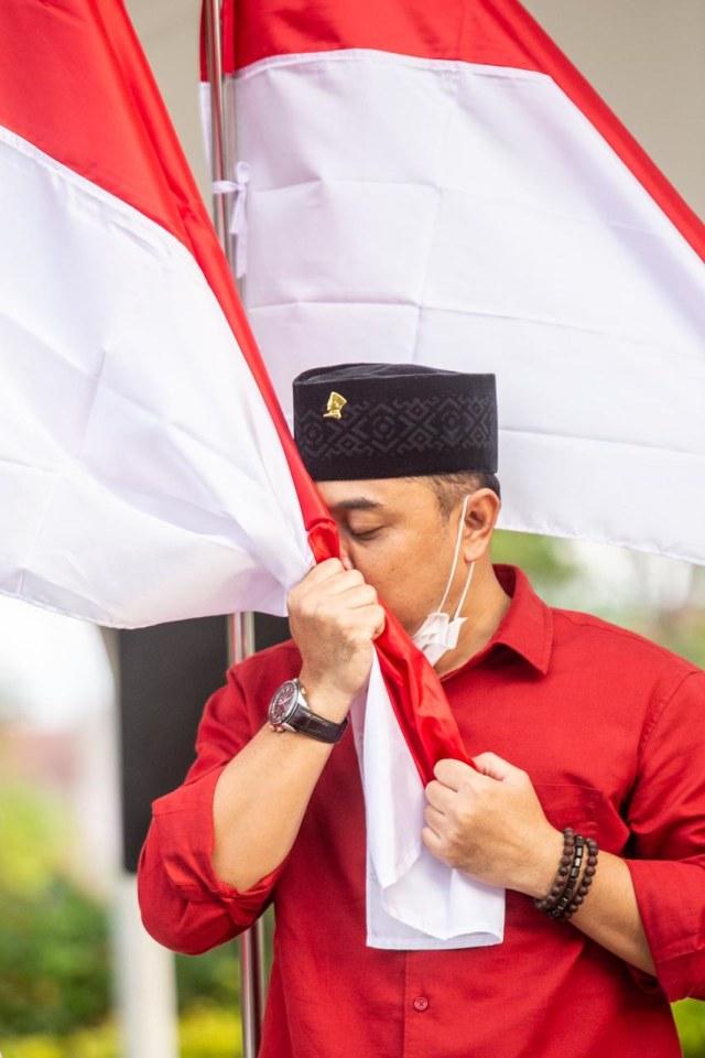 Restu Megawati untuk Eri Cahyadi di Pilwalkot Surabaya (131041)