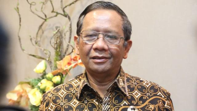 Kata Eks Pimpinan KPK Disebut Mahfud MD Kurang Berprestasi Dibanding Firli dkk (93321)