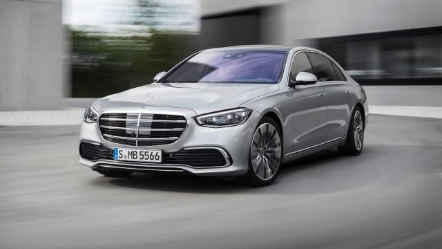 Berita Populer: Mercedes Benz Menanti Pajak Nol Persen dan Wajib Uji Emisi (61243)