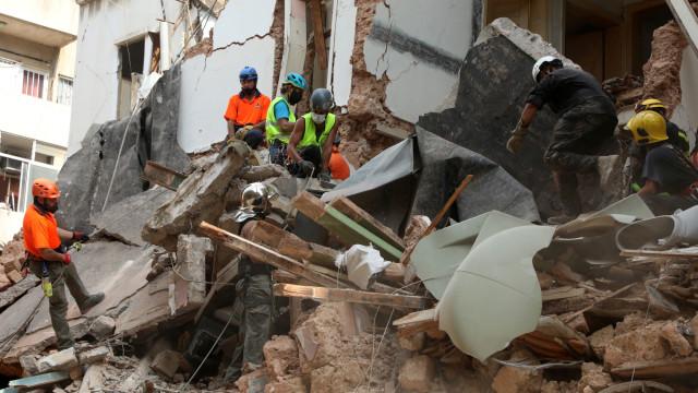 Foto: Menyusuri Sisa Reruntuhan Ledakan di Beirut (549382)
