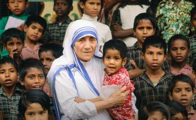 Mengenang 23 Tahun Berpulangnya Bunda Teresa (210108)