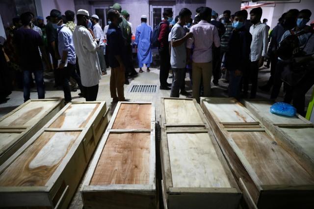 Foto: Ledakan di Masjid Bangladesh saat Jemaah Salat (303970)