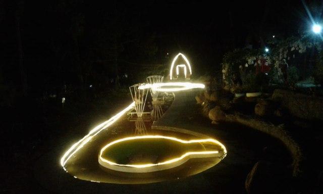 Pesona Wisata Clirit View pada Malam Hari di Hutan Pinus Kabupaten Tegal (129713)