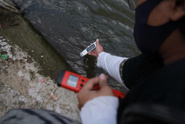 Peneliti Ungkap Hasil Kandungan Mikroplastik di Sungai Brantas (390939)