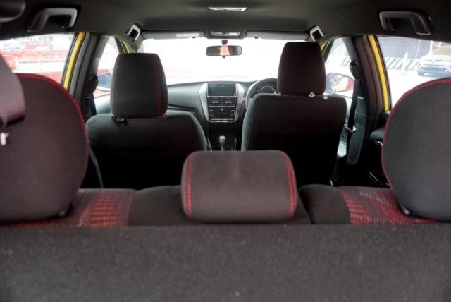 Bedah Varian Termurah New Toyota Yaris, Punya Fitur Apa Saja?  (350)