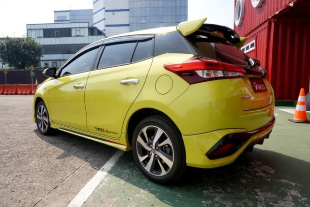 Toyota Yaris Baru Sudah Kena Diskon Rp 15 Juta (103460)