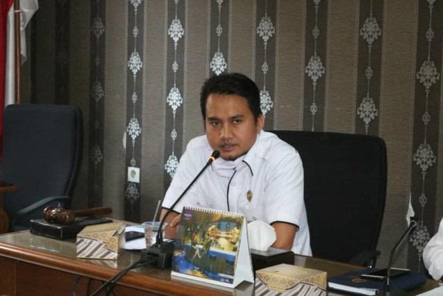 Profil Ketua DPRD Lebak Dindin Nurohmat yang Meninggal Mendadak di Hotel (146362)