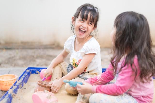 Cara Hilangkan Noda pada Baju Anak (625446)