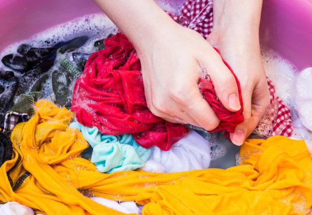 Cara Hilangkan Noda pada Baju Anak (625449)