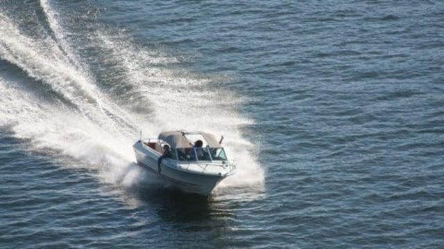 Speed Boat Pemkab Karimun Bocor di Tengah Laut saat Menuju Batam (536974)