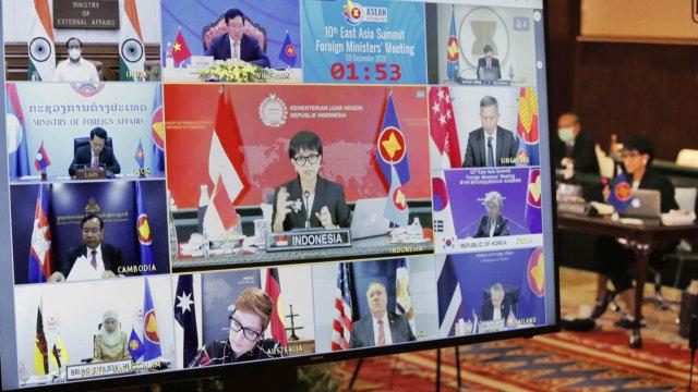 Menlu Retno di Pertemuan ASEAN: Perang Melawan COVID-19 Jauh dari Selesai (42824)