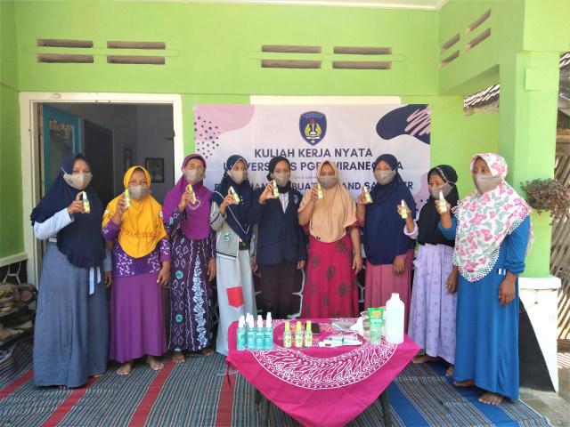 Promosi Penggunaan Hand Sanitizer Melalui Pelatihan Dan Sosialisasi Pendidikan Kumparan Com