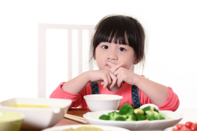 Nutrisi Tepat untuk Dukung Daya Tahan Tubuh Anak dan Kecerdasannya (622087)