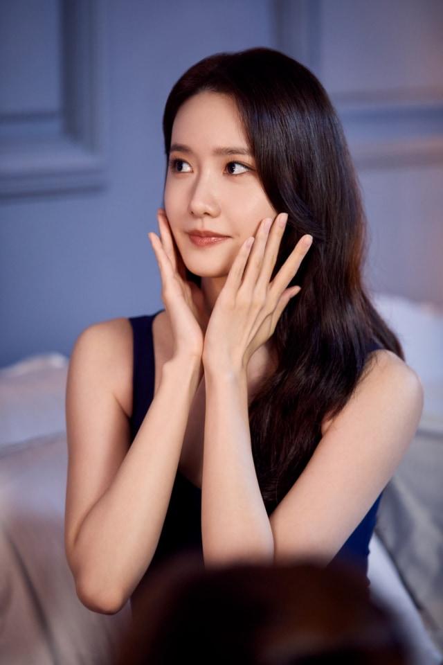 Tampilan Terbaru YoonA SNSD yang Jadi Brand Ambassador Estee Lauder (92852)