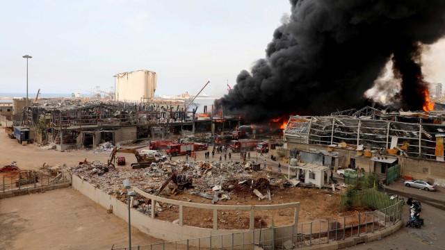 Kebakaran di Lokasi Ledakan Lebanon Berasal dari Toko Oli dan Ban (88422)