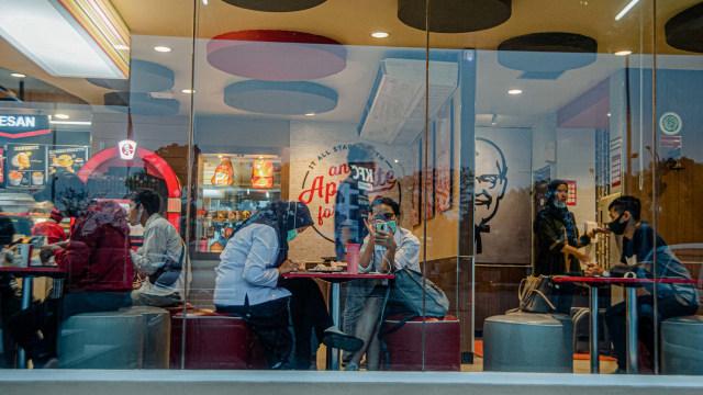 PSBB Ketat, Ini Kata Pelanggan Soal Tak Bisa Dine-in di Kafe dan Restoran (221536)