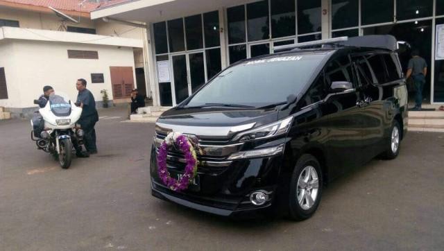Ongkos Sewa Mobil Jenazah Mewah Toyota Alphard dan Vellfire di Jakarta (300436)
