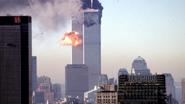 19 Tahun Tragedi 11 September yang Menghancurkan Menara Kembar WTC (15213)