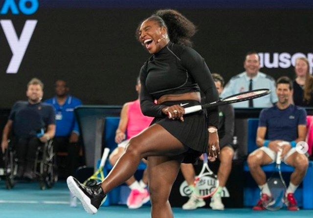 Serena Williams Dianggap Sebagai Simbol Ketangguhan Ibu-ibu Petenis (50090)