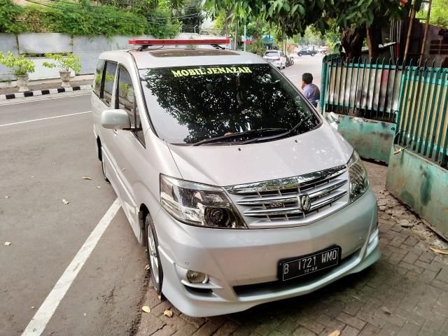 Ongkos Sewa Mobil Jenazah Mewah Toyota Alphard dan Vellfire di Jakarta (300435)