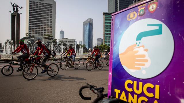 Jokowi Sebut PSBM Lebih Efektif dari PSBB, Juru Wabah: Sudah Telat (50534)