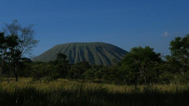 'Majestic Tambora' Mengangkat Kembali Kemasyhuran Volcano Indonesia (856949)
