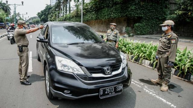 Polemik Razia Tak Pakai Masker di Dalam Mobil saat PSBB DKI Jakarta (274652)