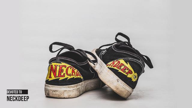 Brand Lokal yang Pernah Kolaborasi Sneakers sama Band (32883)