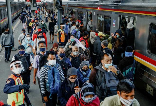Sistem Ganjil Genap Belum Berlaku di Jakarta, ETLE Tetap Beroperasi (29264)