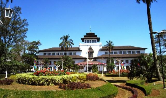 Referensi  Tempat Wisata Keren dan Ngehits di Bandung (367667)