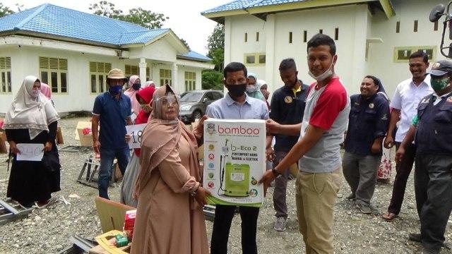 263 Keluarga Penerima Manfaat di Nagan Raya, Aceh, Terima Bantuan Modal Usaha (647017)