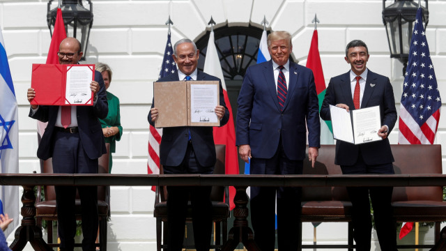 Bahrain, UEA, dan Israel Teken Perjanjian Damai di Gedung Putih, Dipandu Trump (89471)