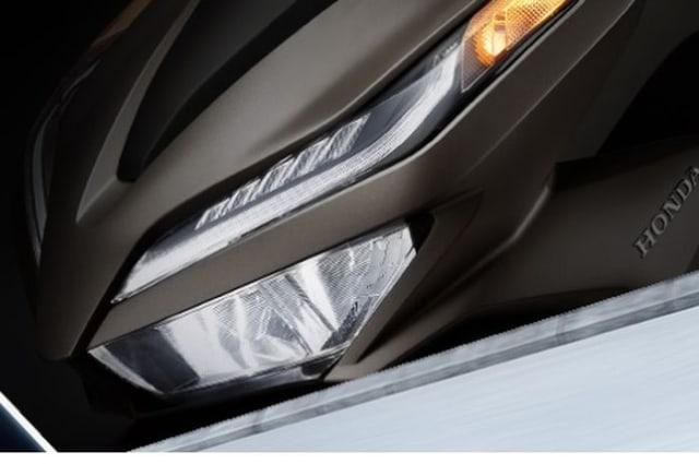 Pakai Mesin 157 Cc, Honda Vario Baru Lebih Buas dari Yamaha NMax dan Aerox? (321237)
