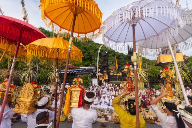 Mengenal Hari Raya Galungan, Tradisi Memperingati Hari Kemenangan Umat Hindu (238258)