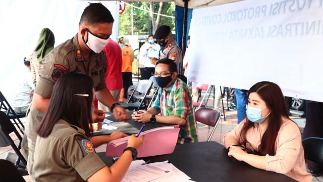 Ketua DPRD DKI: Warga Jakarta Diberi Edukasi, Corona Malah Memburuk (325561)
