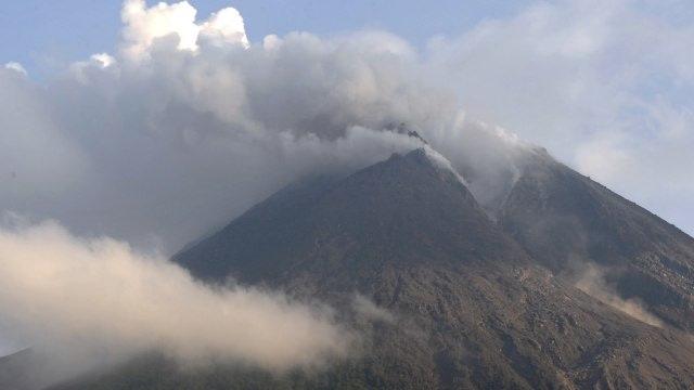 16 September 2020, Seabad Pemantauan Gunung Api di Indonesia (61787)