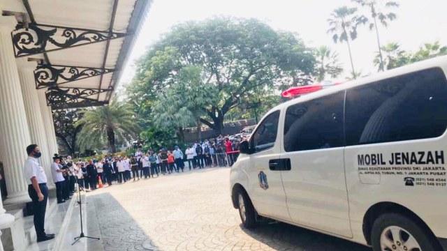 Anies Beri Penghormatan Terakhir ke Sekda: Selamat Jalan Putra Terbaik Jakarta (249347)