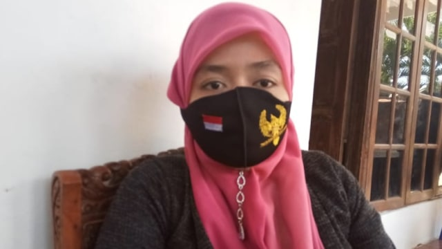 Kisah Warga Solo yang Serahkan KTP untuk Dukung Paslon Penjahit-Ketua RW (235819)