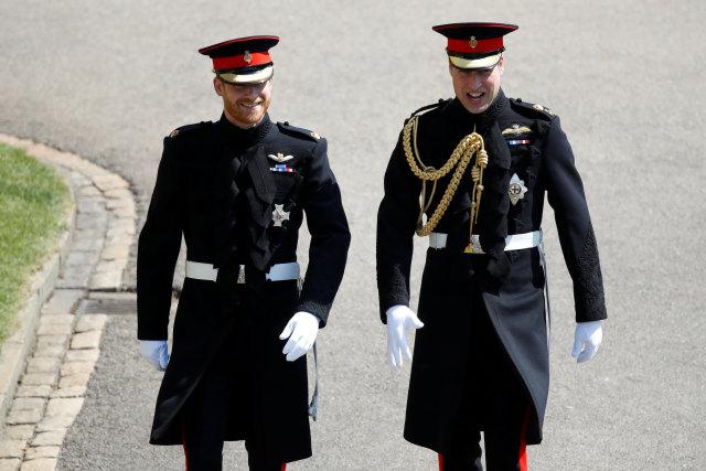 Pangeran William & Kate Dikritik Netizen saat Ucapkan Ultah ke Pangeran Harry (120579)