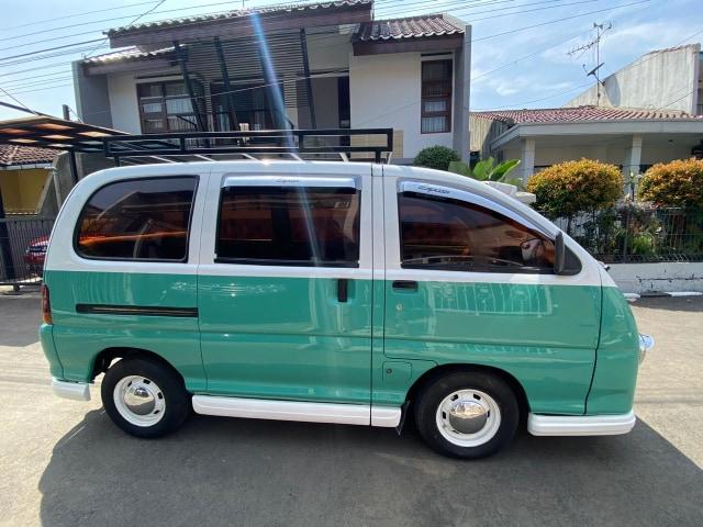 Foto: Kerennya Tampilan Daihatsu Espass yang Disulap Jadi VW Kombi (34085)