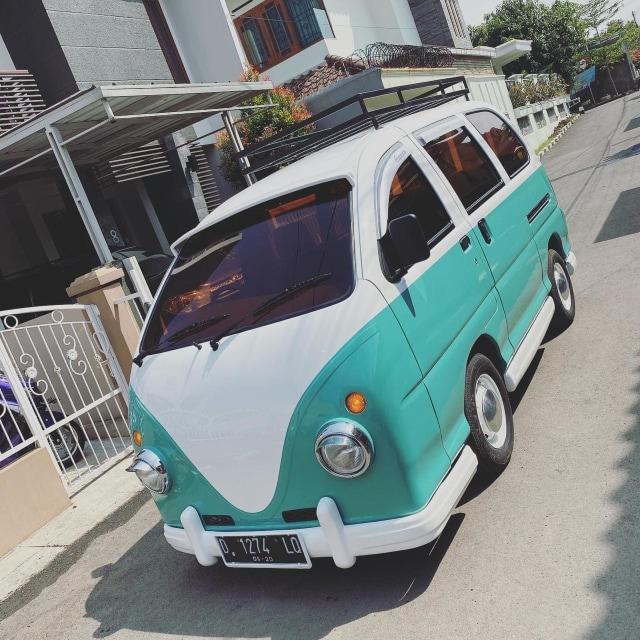 Foto: Kerennya Tampilan Daihatsu Espass yang Disulap Jadi VW Kombi (34076)
