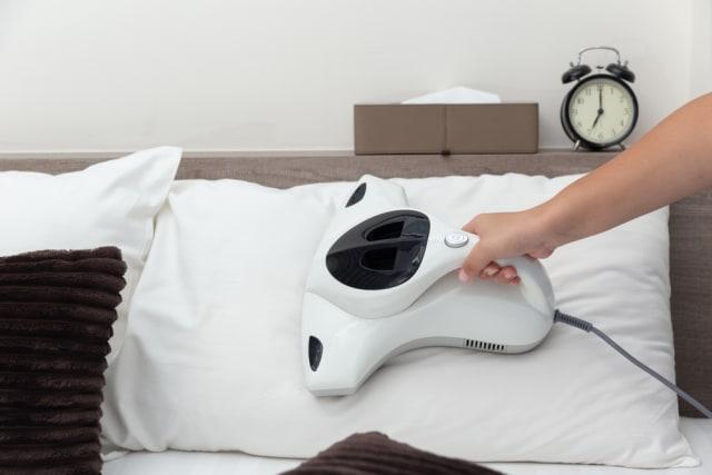 Cara Mudah Mencuci Bantal Agar Tak Berjamur dan Bau Apek (501726)