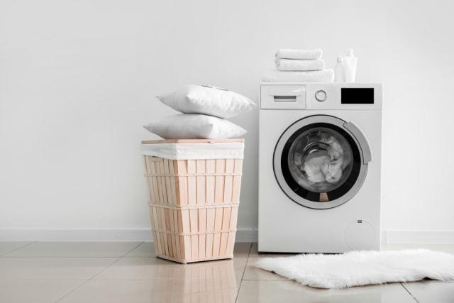 Cara Mudah Mencuci Bantal Agar Tak Berjamur dan Bau Apek (501725)