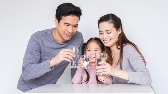 Sering Minum Air Putih, Bisakah Cegah Penularan Virus Corona? (175848)