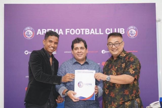 Carlos Oliveira Resmi Jadi Pelatih Arema FC (629382)